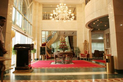 Nejoum Al Emirate 3