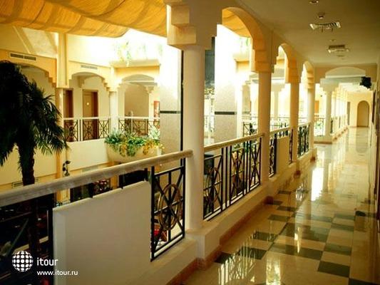 Centro Sharjah By Rotana 8