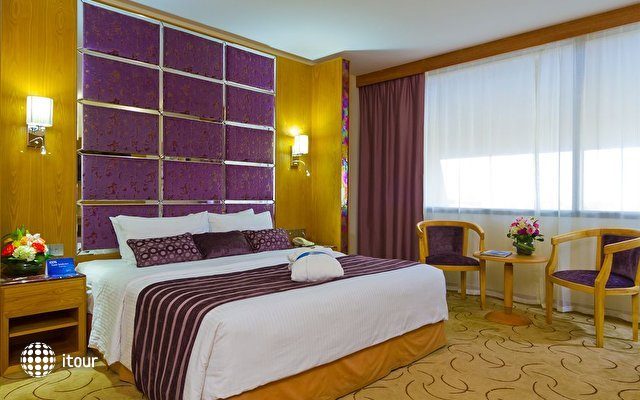 Radisson Blu Resort Sharjah 4