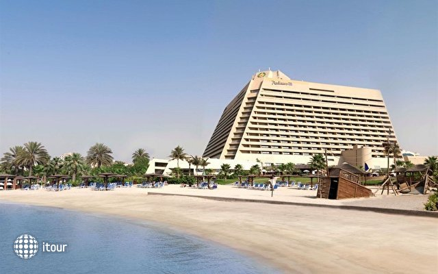 Radisson Blu Resort Sharjah 1