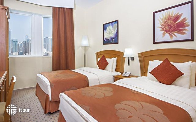 Golden Tulip Sharjah 10