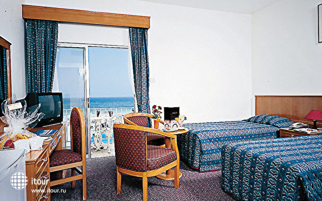 Beach Hotel Sharjah 7