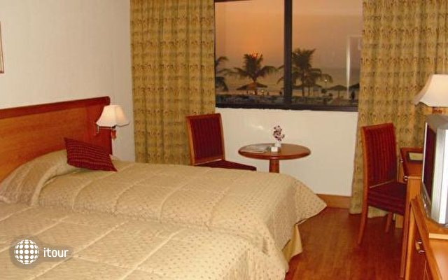 Lou'lou'a Beach Resort Sharjah 11