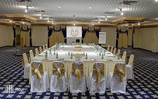 Carlton Sharjah Hotel 6