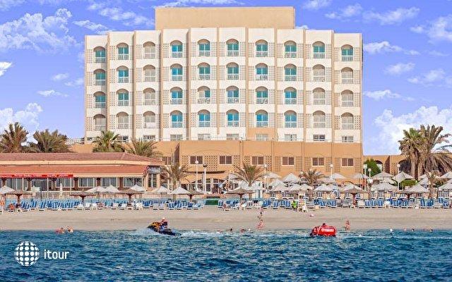 Carlton Sharjah Hotel 9