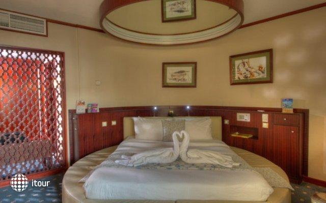 Sharjah Grand Hotel 3
