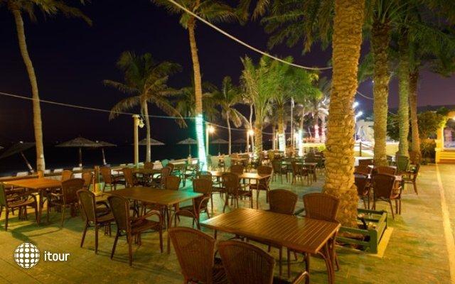 Sharjah Grand Hotel 9