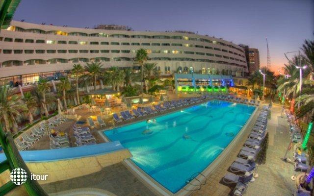 Sharjah Grand Hotel 1