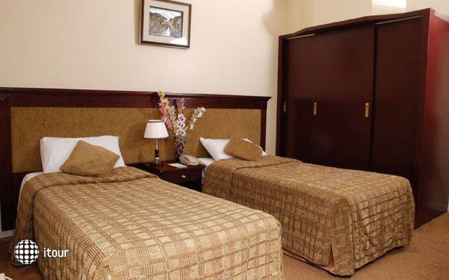 Al Bustan Hotel Flats 6