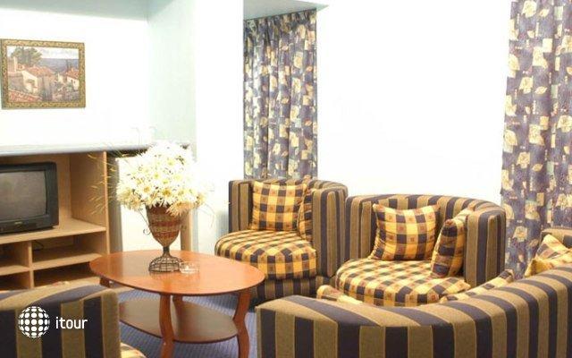 Al Bustan Hotel Flats 8