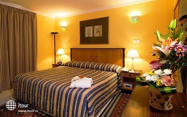 Marbella Resort 7