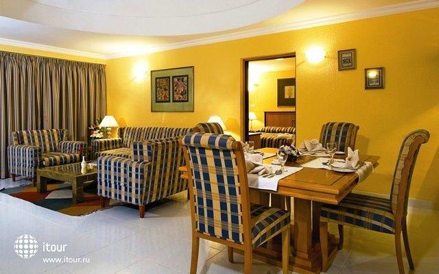Marbella Resort 8