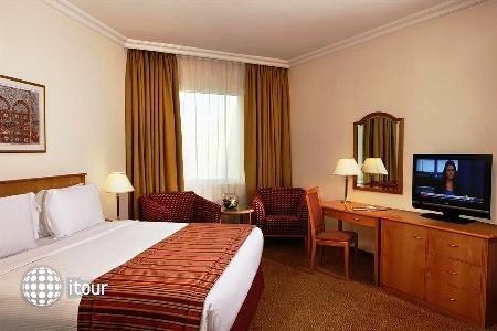 Swiss-bel Hotel Sharjah (ex. Sharjah Rotana) 8