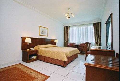 Embassy Suites Hotel 7