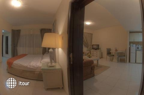 Tulip Inn Hotel Apartments Ajman 10