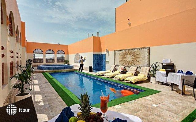 Ewan Ajman Suites Hotel 1