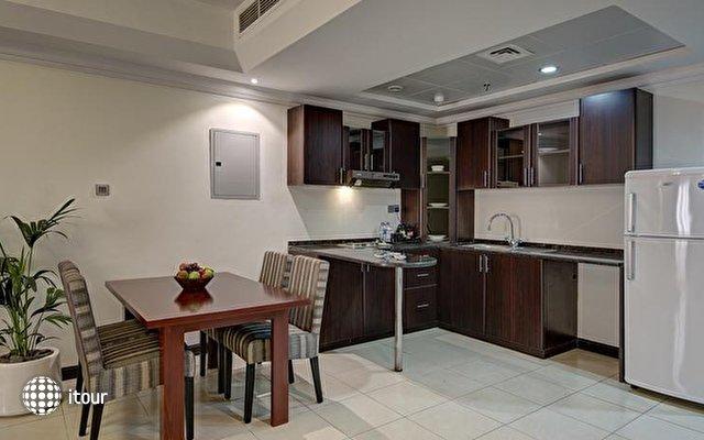 Ewan Ajman Suites Hotel 9