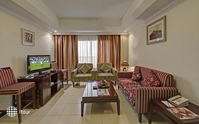 Ewan Ajman Suites Hotel 8