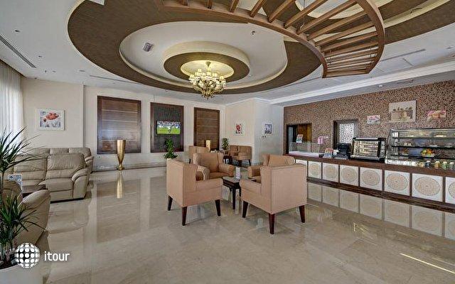 Ewan Ajman Suites Hotel 5