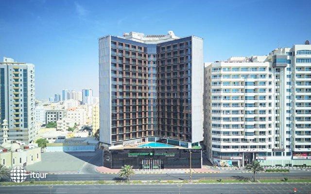 Wyndham Garden Ajman Corniche 1