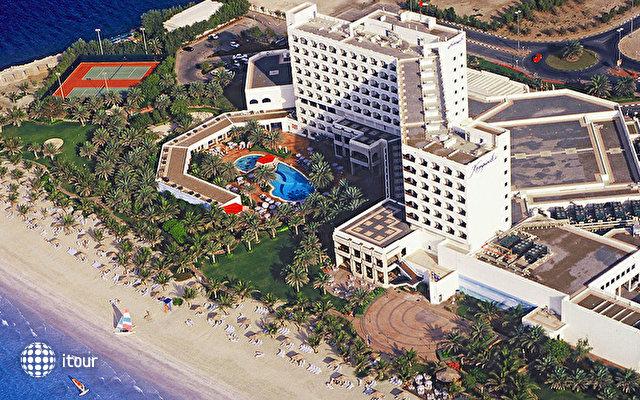 Ajman Hotel (ex. Kempinski Hotel Ajman) 1