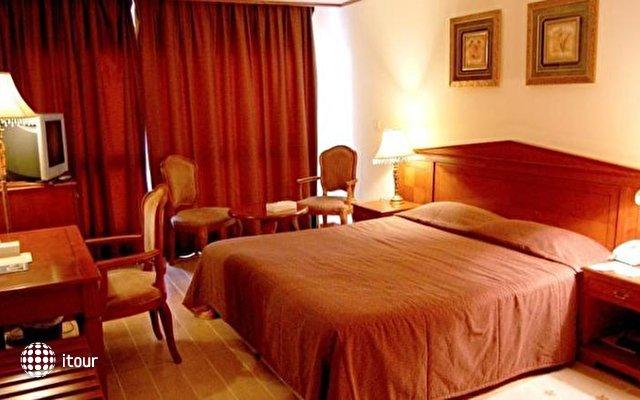 Ajman Beach Hotel 3