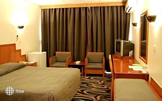 Ajman Beach Hotel 4