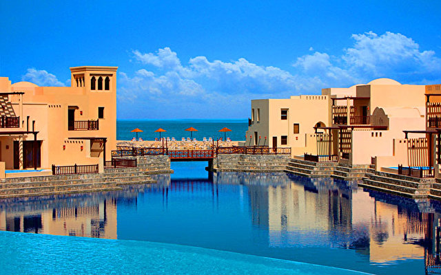 The Cove Rotana Resort 5