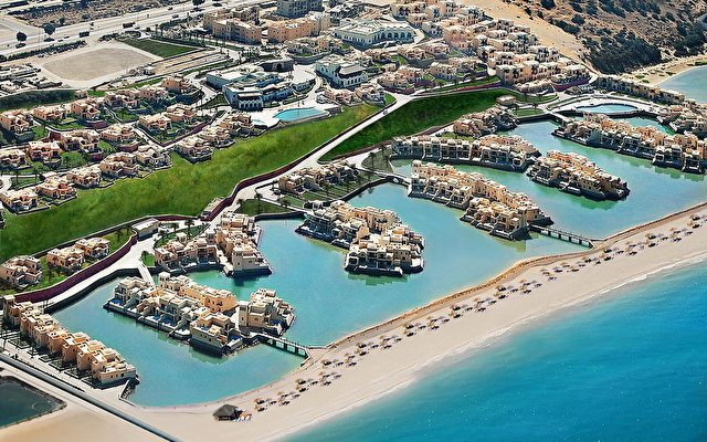 The Cove Rotana Resort 7