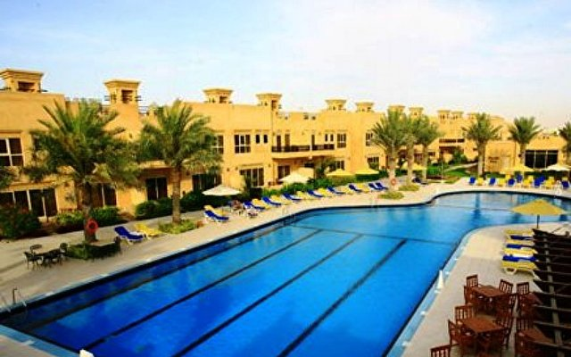 Al Hamra Village Golf Resort 3