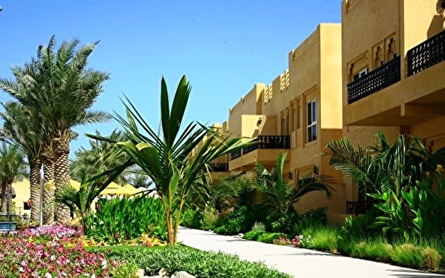 Al Hamra Village Golf Resort 1