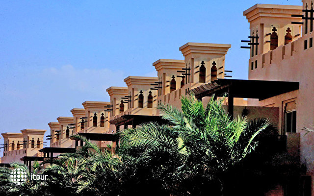 Al Hamra Village Golf & Beach Resort 6