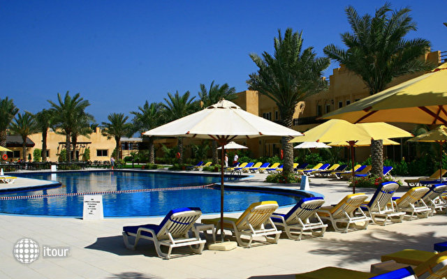 Al Hamra Village Golf & Beach Resort 3