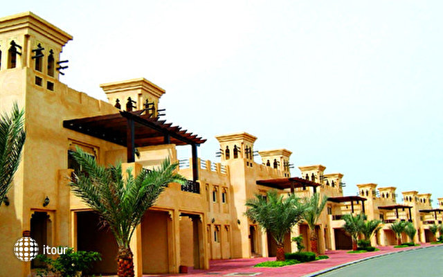 Al Hamra Village Golf & Beach Resort 8