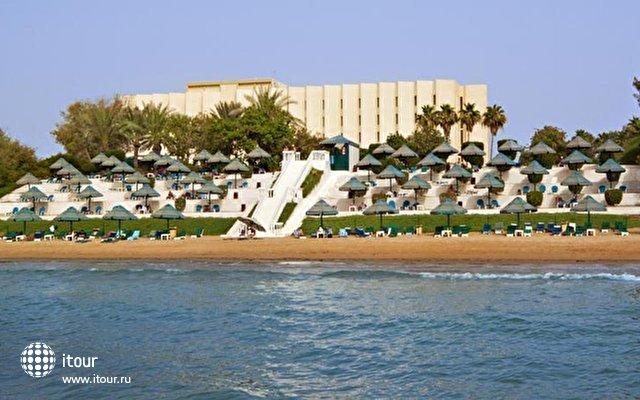 Bin Majid Beach Hotel 4
