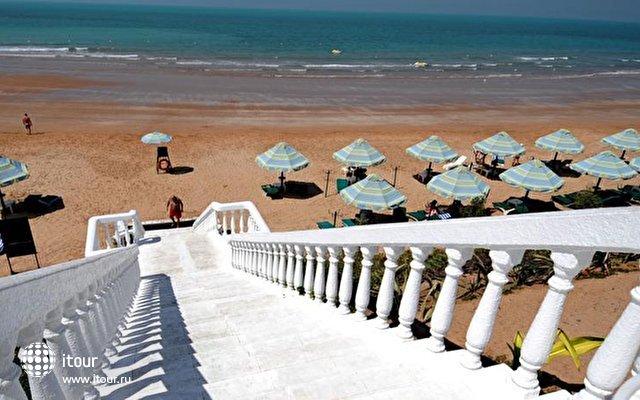 Bin Majid Beach Hotel 8