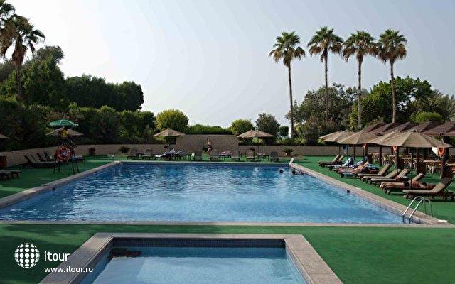 Bin Majid Beach Hotel 2