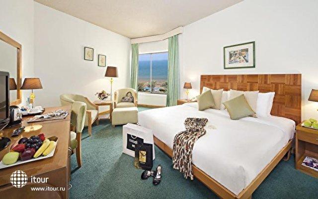 Bin Majid Beach Hotel 3