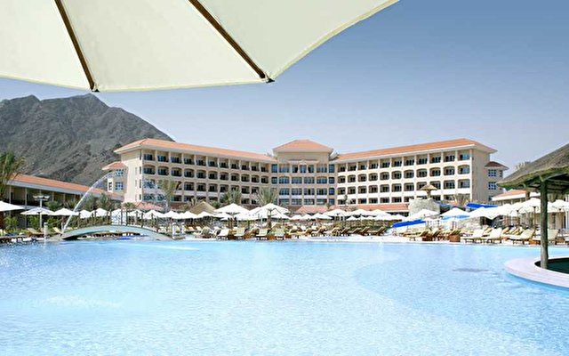 Fujairah Rotana Resort & Spa 9