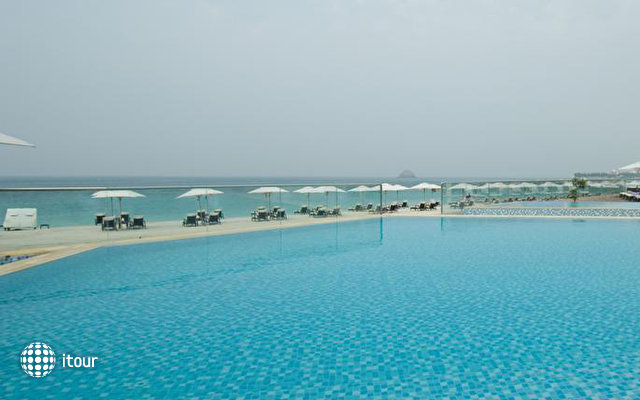 Radisson Blu Resort Fujairah 6
