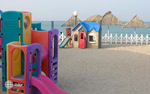 Royal Beach Hotel & Resort Fujairah 4