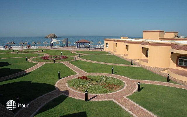 Royal Beach Hotel & Resort Fujairah 2