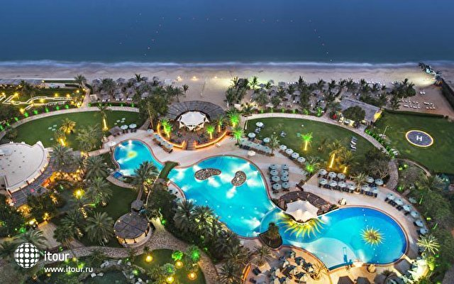 Le Meridien Al Aqah Beach Resort 2