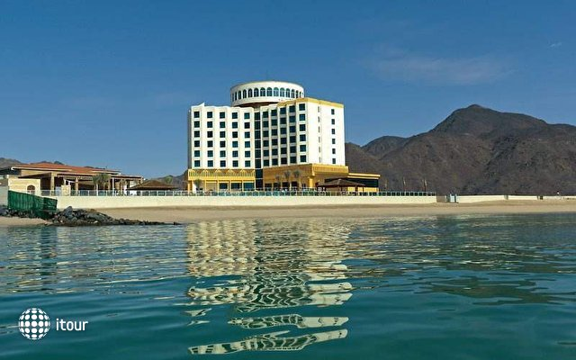 Oceanic Khorfakkan Resort & Spa 2