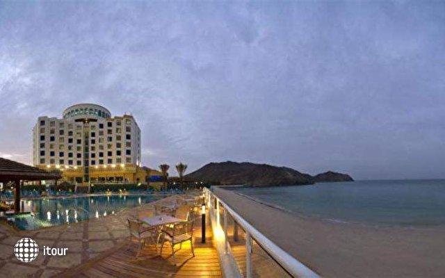 Oceanic Khorfakkan Resort & Spa 1