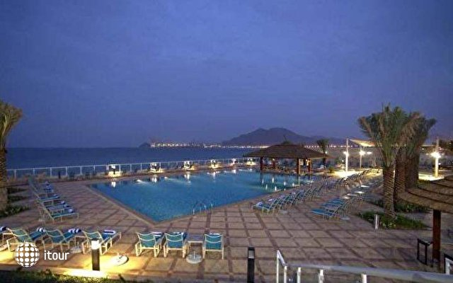 Oceanic Khorfakkan Resort & Spa 3