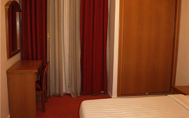 Petunia Hotel 3