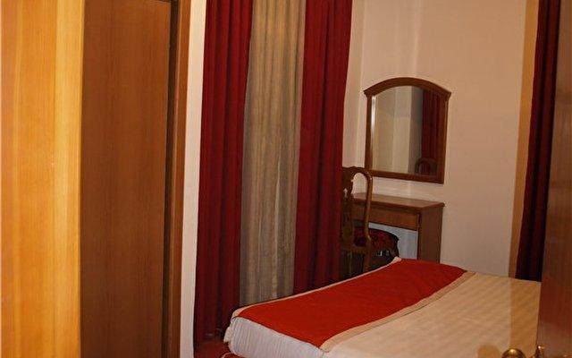 Petunia Hotel 5