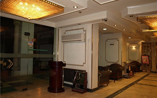 Petunia Hotel 1
