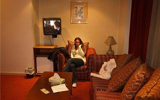 Petunia Hotel 8
